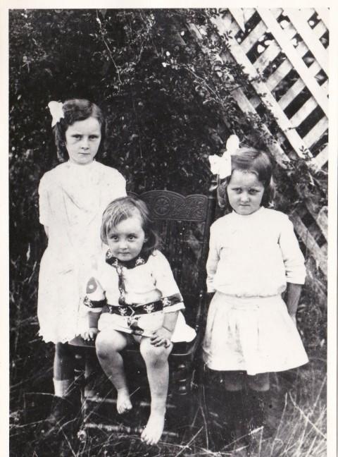 Edna,Phyllis, Gladys